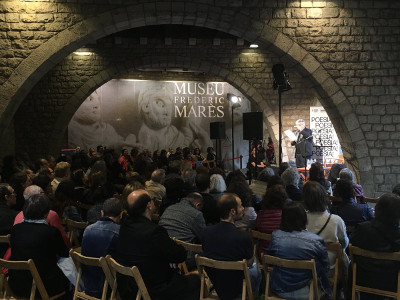 Poetry reading featuring Atxaga and Piera at the Poetry Festival of Barcelona