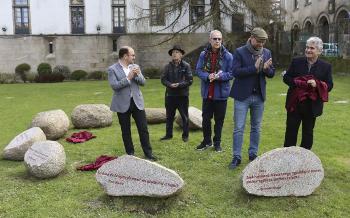 Bernardo Atxaga contributes a stone to the Talking Stones Garden in Santiago de Compostela